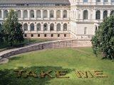 Gesamtansicht vor der Akademie der Bildenden Künste München